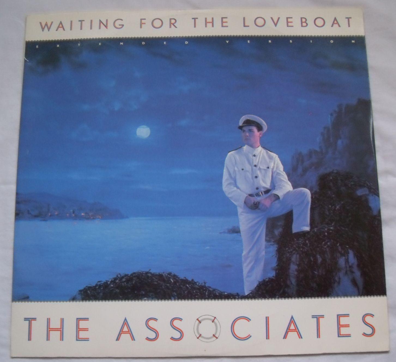 Sleeve Loveboat